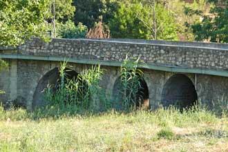 Pierrefeu-du-Var-Pont-D12.-