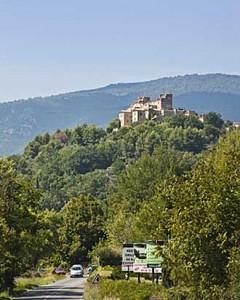 Tourrettes-Fotolia_42099230