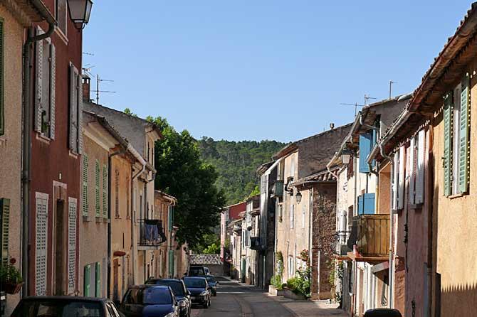 vins-sur-caramy-rue-1-pv