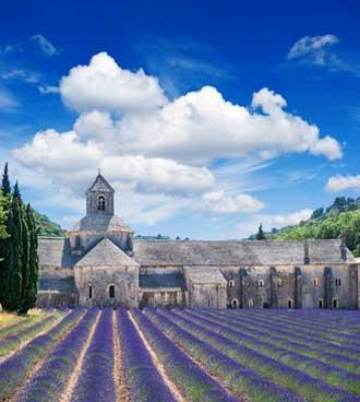 Abbaye-de-Sénanque-Fotolia_5