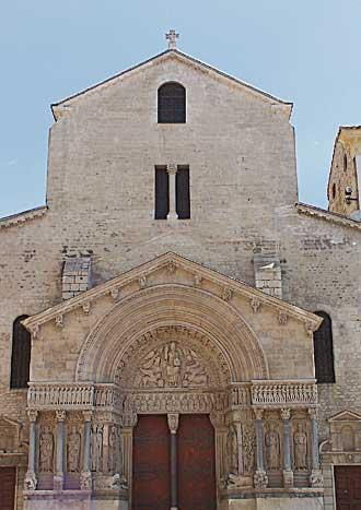 Arles-Cathédrale-1-PV