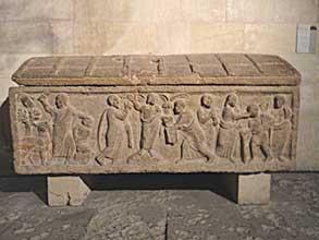 St-Victor-Sarcophage-1