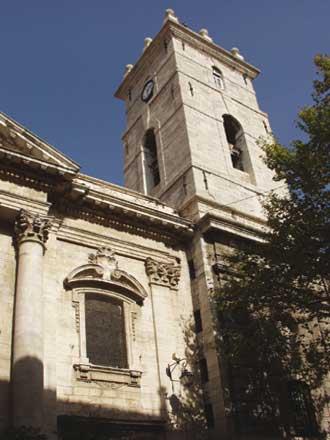 Toulon-Cathédrale-1