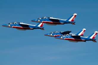 Alpha-Jet-Fotolia_59421132