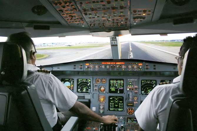 Airbus-A-340-Pilotes-Fotoli