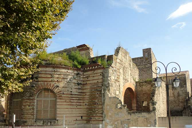 Arles.-3.-PV