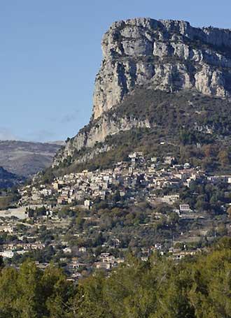 Saint-Jeannet-Fotolia_85323