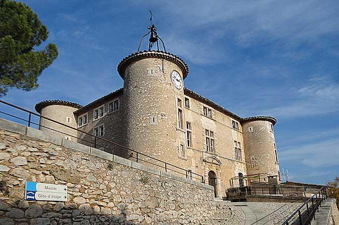 Rustrel-Château-1-Verlinden