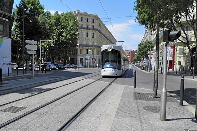 Grands-Carmes-Tram-1-PV