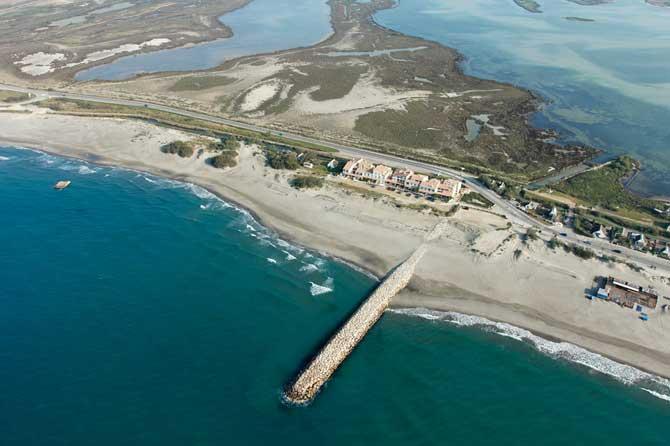 Plages des saintes maries de la mer visiter provence 7 - Office de tourisme ste marie de la mer ...