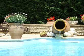 Abords des piscines en Provence   Provence 7